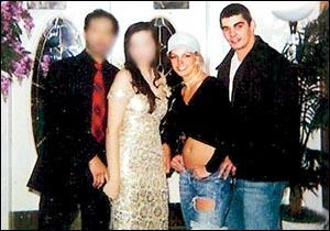 no von douche for Britney in 2004!